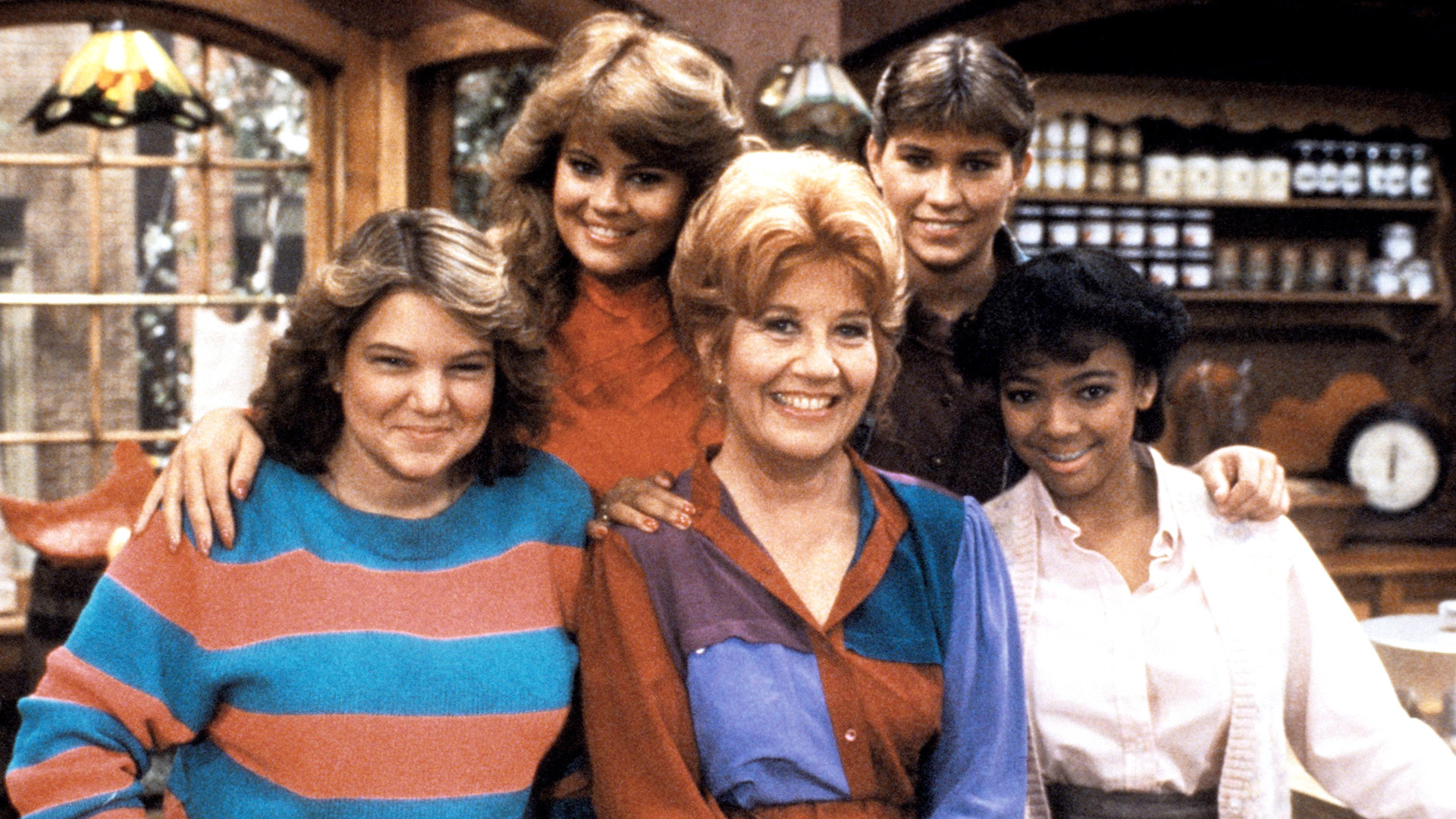 THE FACTS OF LIFE, Mindy Cohn, Lisa Whelchel, Charlotte Rae, Nancy McKeon, Kim Fields, 1979 88.